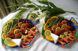 Beach basket platters